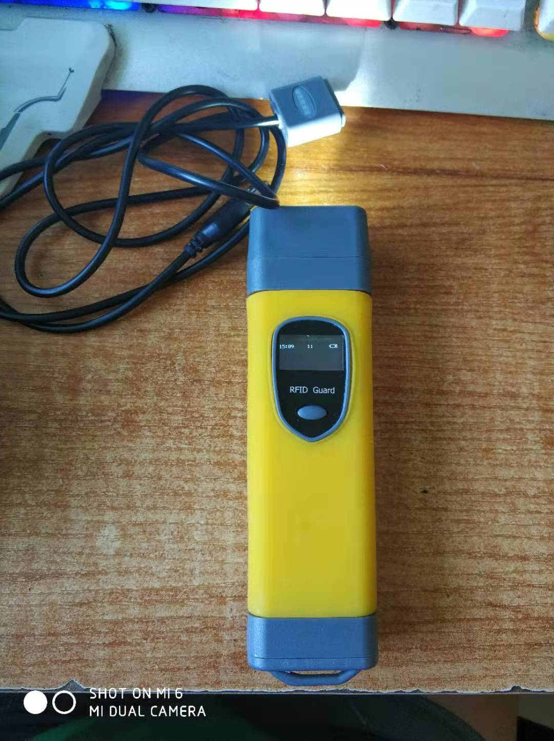 金阔电子巡更   JK701   带屏幕带手电磁吸接口